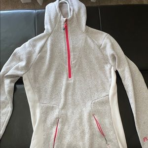 Avalanche size small sweatshirt